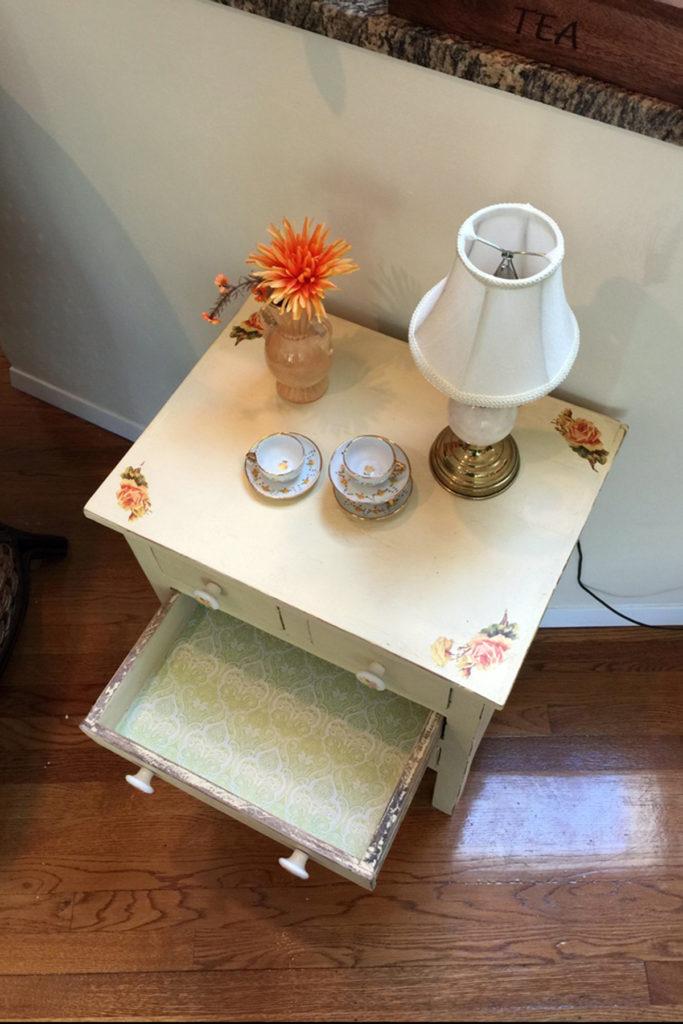 cream-table-1